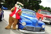 Celebrate Father's Day With American Hot  Rods and Cornish Cruisers at Flambards